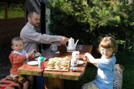 sniadanie w Bielicach 2005